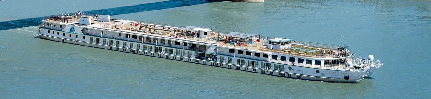 Crystal Mozart GolfAhoy Danube River Golf Cruises