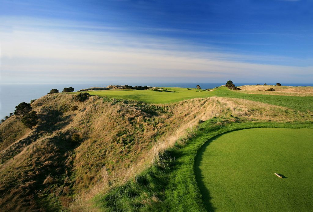 new zealand golf cruise cape kidnappers golf course