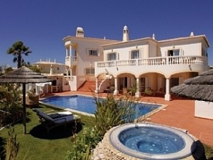 photo of golf course villa rental in spain