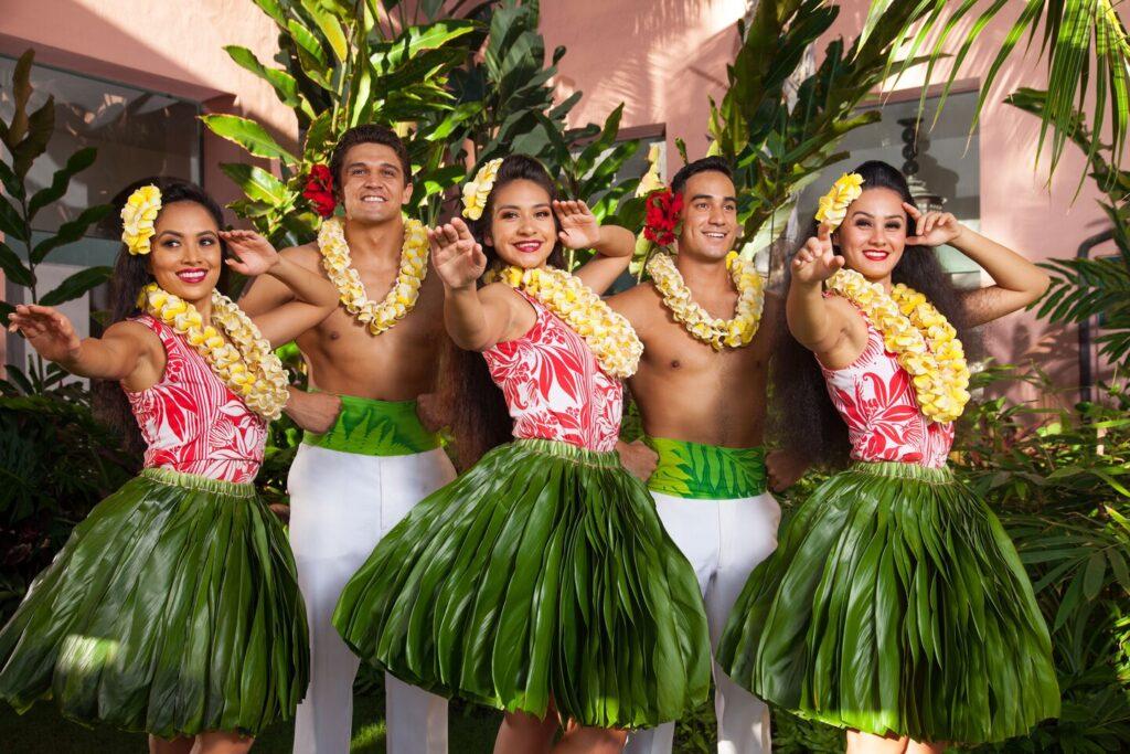 GolfAhoy Hawaii Golf Cruises photo of five Hawaiian hula performers.
